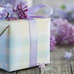 Selecting Wedding Gifts